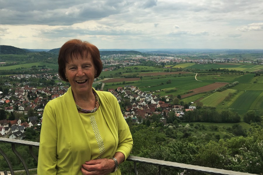 Glückwunsch: Oma Lisbeth wird 80