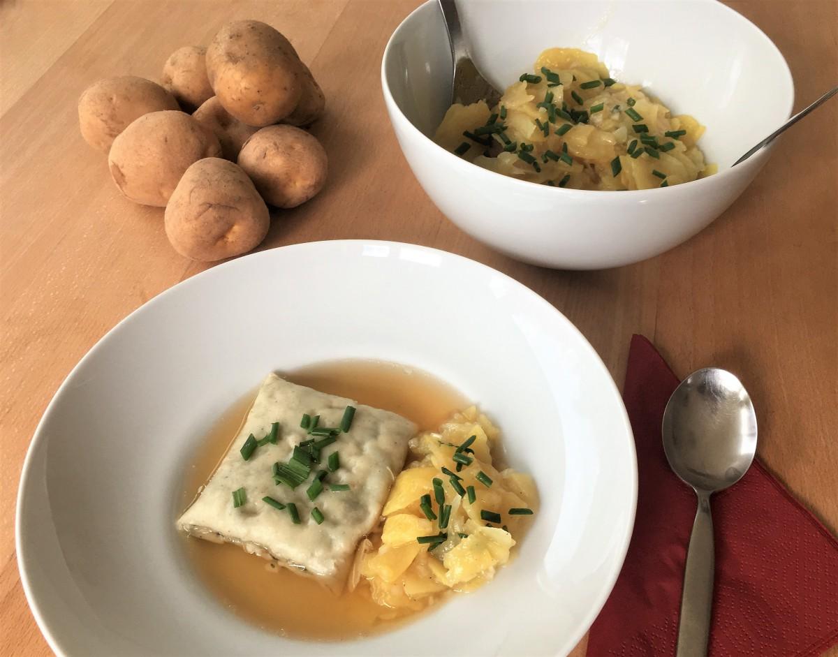 Oma Lisbeths - Maultasche mit Kartoffelsalat
